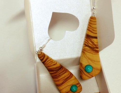 Olive wood earrings
